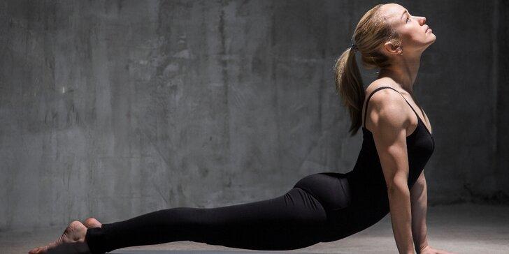 1 nebo 3 lekce jogalates: Kombinace jógy a pilates