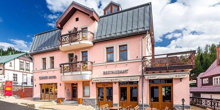 Vzhůru do Špindlu: letní pobyt se snídaní či polopenzí a vstup do aquaparku