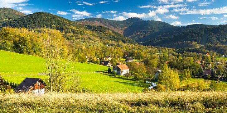 Valašský podzim plný barev: pobyt s polopenzí pro 2 osoby v Beskydech