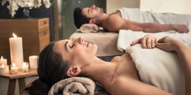 Wellness balíček pro pár: masáž, kosmetika, pedikúra, šampaňské a lázeň nohou