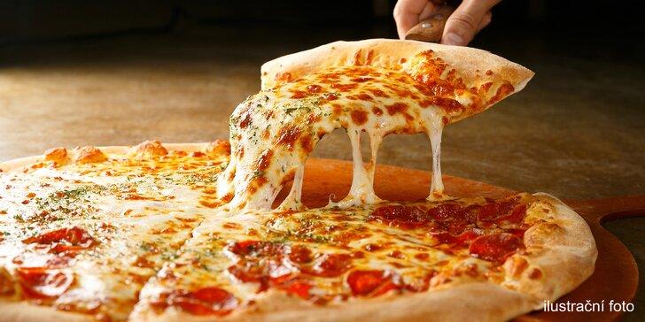 Itálie na tenisovém kurtu: 2 čerstvé pizzy o průměru 32 cm dle výběru