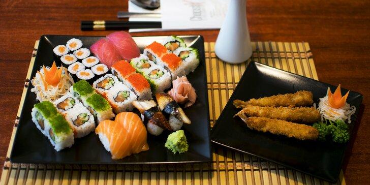 Sushi menu pro 2 nebo 4 osoby: rolky, tempura, polévky i koktejly či víno