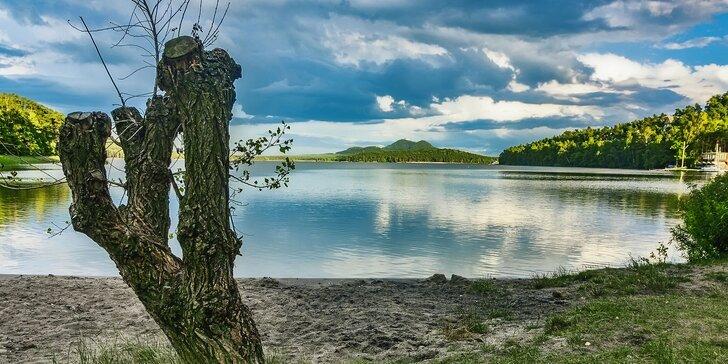 Babí léto nebo podzim v kraji romantiky: Chata u Máchova jezera až pro 11 osob