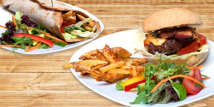 Jde to i bez lepku: Bezlepkový burger s hranolky nebo tortilla ve zdravé restauraci
