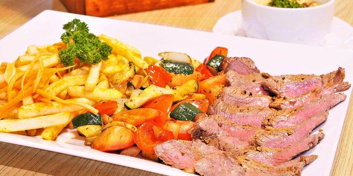Hovězí rib eye steak s bohatou přílohou a hříbkovou omáčkou pro dva