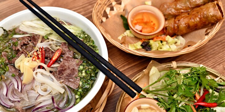 Phochutnejte si na pho a křupavých závitcích v autentické vietnamské restauraci