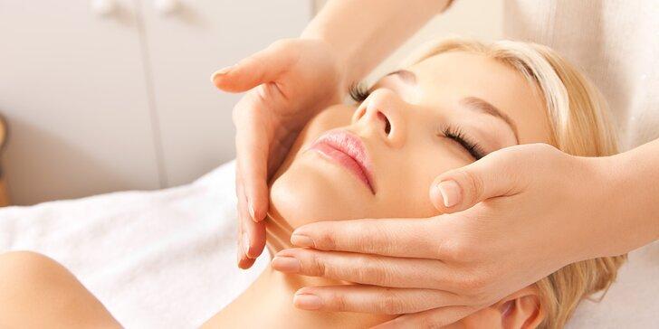 Indická antistresová masáž hlavy a obličeje vč. peelingu obličeje a masky