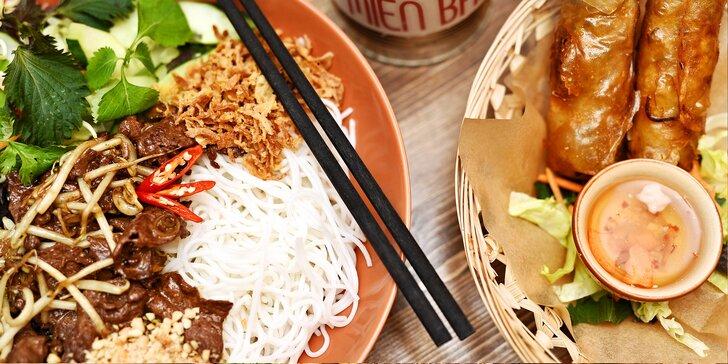 Ochutnejte Vietnam: Bún bò Nam Bộ a křupavé závitky pro 1 nebo 2 osoby