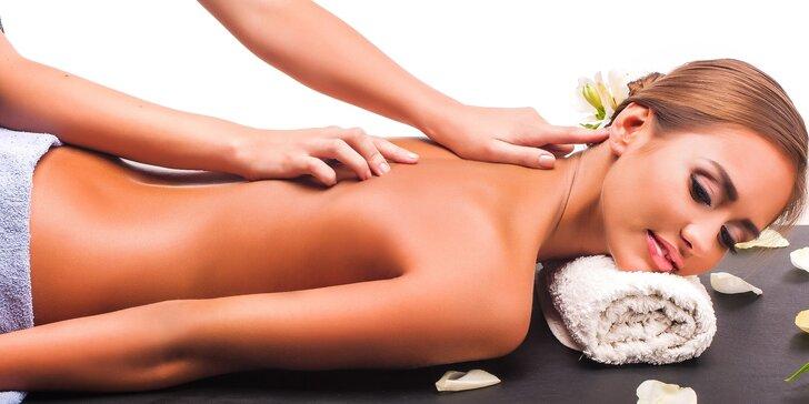 Božských 70 minut v salonu Thai Sun: masáž dle výběru a péče o pleť nebo nohy