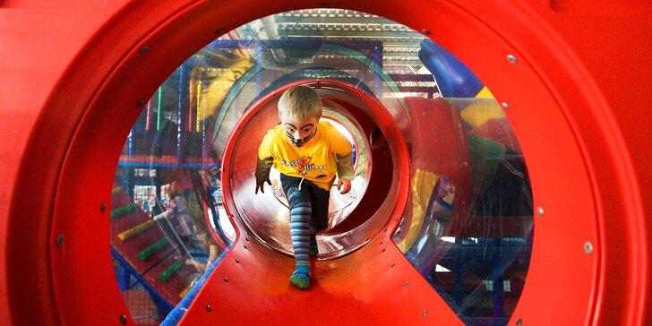 Celodenní vstupné pro děti i dospělé do zlínského zábavního parku Galaxie