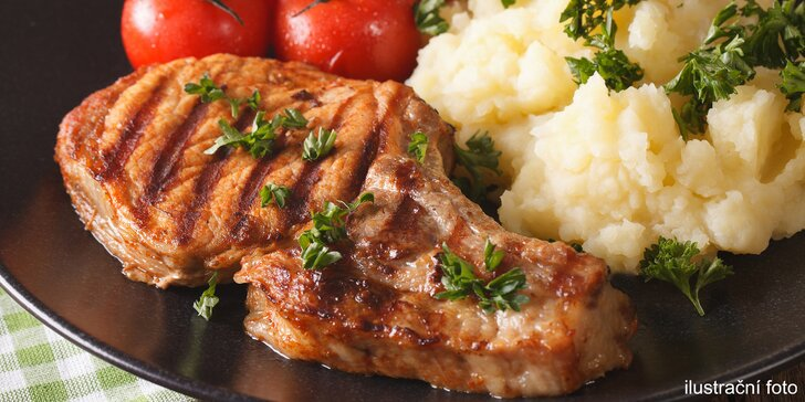Velká masová hostina pro 4 osoby v restauraci U Bizona