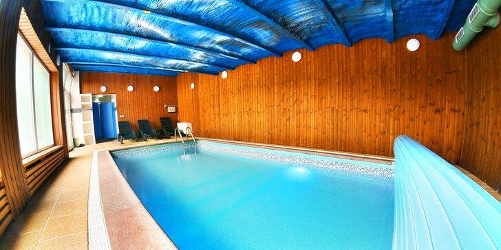 Pobyt u Vranova s polopenzí, s bazénem i relaxem v privátní venkovní vířivce