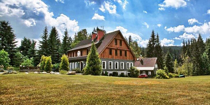 Horský relax v Jizerkách: klidná lokalita, polopenze, turistické trasy u hotelu