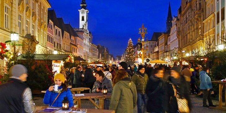 Advent v rakouském městě Štýr: vánoční poštovní úřad a mechanický betlém