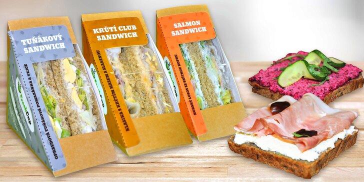 Svačina z trendy bistra: sendviče, chlebíčky a domácí limonáda nebo milk shake