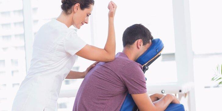 30minutová kancelářská masáž pro uvolnění zad a šíje