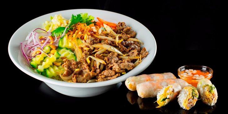 Vietnamské speciality: Nudle Bún bò Nam Bộ nebo polévka