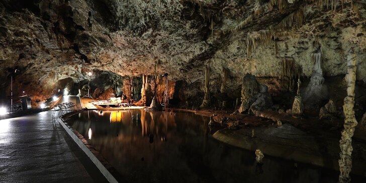Za krásami Moravského krasu: Pobyt s polopenzí a vstupem do jeskyně pro dva