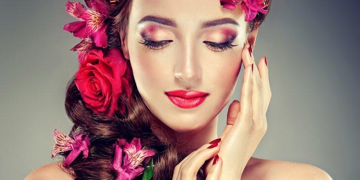 Kosmetická péče s kyselinou hyaluronovou: hloubkové čištění i nabitý balíček