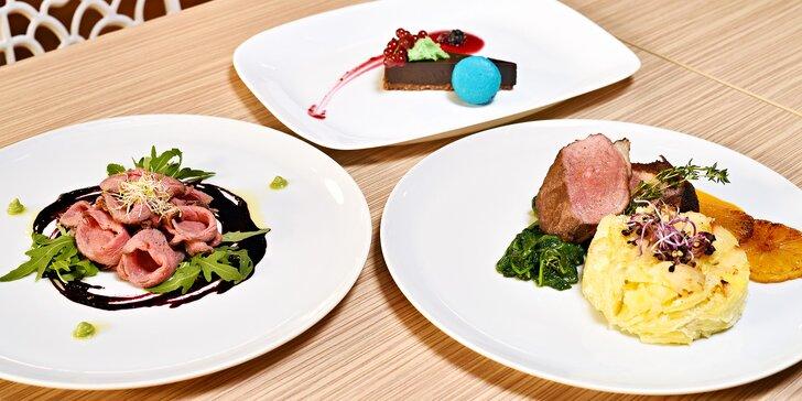 Moderní degustační menu pro dva podávané v budově Národního muzea