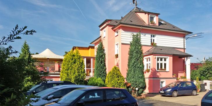 Třídenní oddychový pobyt ve Varech: chutná snídaně a domácí atmosféra