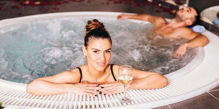 2hodinový oddech s vířivkou a saunou v privátním wellness pro dva