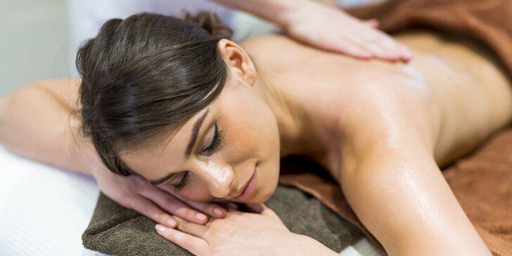Rekondiční masáž zad a šíje ve zvolené délce – 30, 60 nebo 90 minut