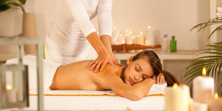 Uvolňující hloubková masáž svalů v délce 60 nebo 90 minut