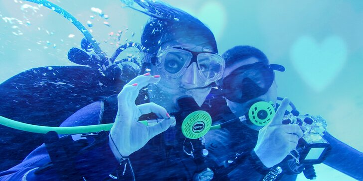 Kurz potápění s přístrojem pro začátečníky pod dohledem zkušených instruktorů