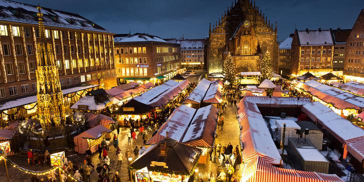 Punč, bavorské pochoutky a podmanivá vánoční atmosféra: Norimberk a Řezno