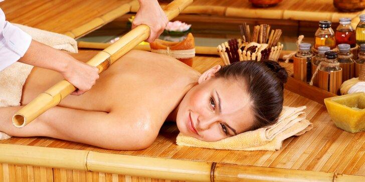 Unikátní masáž bambusovými tyčemi: terapeutická masáž zad, šíje a končetin
