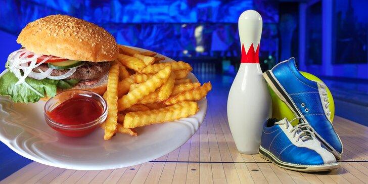 Vykutálená zábava pro celou partu: 110 minut bowlingu a 6 hovězích burgerů