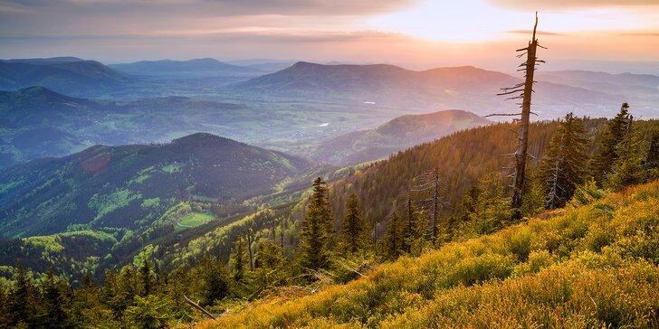 Podzim v Beskydech: pobyt s polopenzí pro 2 uprostřed horského údolí