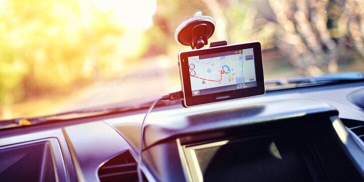 Příští odbočku neminete: půjčení navigace Garmin na den, víkend i dovolenou