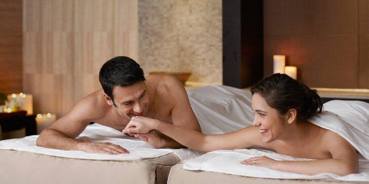 Hodinové hýčkání pro dva se sklenkou sektu - výběr z luxusních masáží