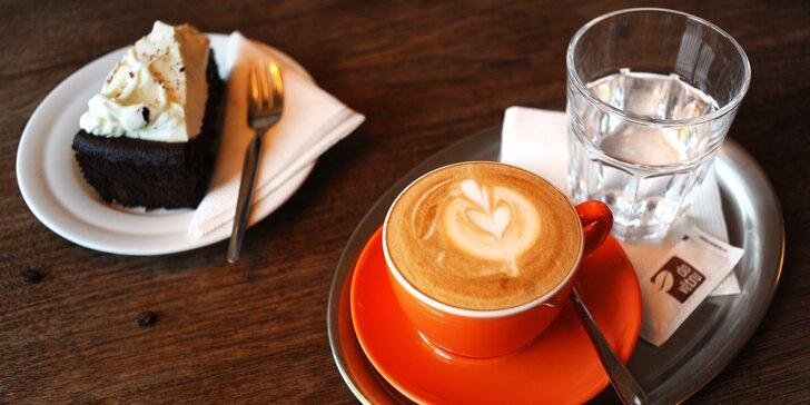 Kam vás to vítr zavál? Kafe a dort v kavárně Do Větru pro 1 nebo 2 kávomily