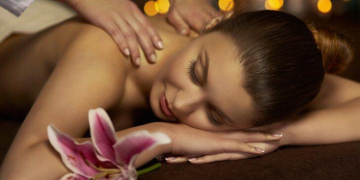 Nechte se hýčkat: masáže dle výběru včetně baňkování a voňavých procedur