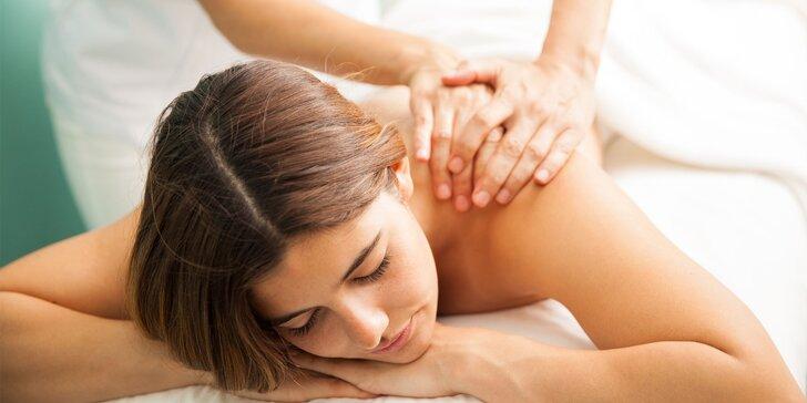 Exotické hýčkání v salonu Nefertiti: 60minutová masáž výběrem ze 7 druhů