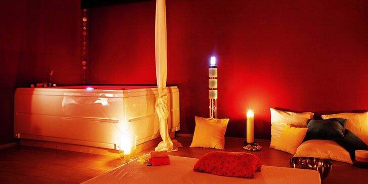 Privátní romantický balíček v sauně a vířivce při svíčkách