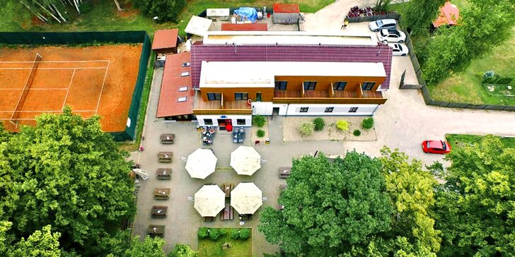 3 dny v Poděbradech: penzion s rybí restaurací na cyklostezce přímo u Labe