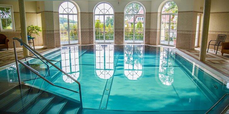 Relax s polopenzí a neomezeným bazénem v Mariánských Lázních