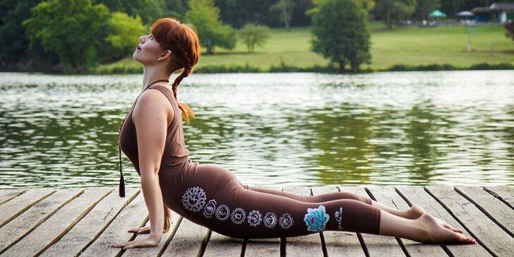 Nedělní kurz jógy pro začátečníky ve studiu Yoga Karlín