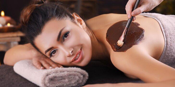 Hodinová čokoládová masáž s peelingem a zábalem – i přenosné permanentky