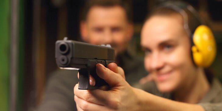 Zamiřte na střelnici: nabitý balíček se sedmi zbraněmi a pořádnou dávkou munice