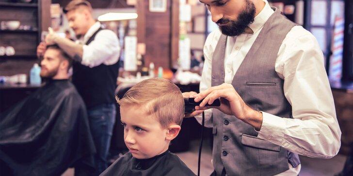 Jaký otec, takový syn: oba šik díky péči salonu Original Barber Cut