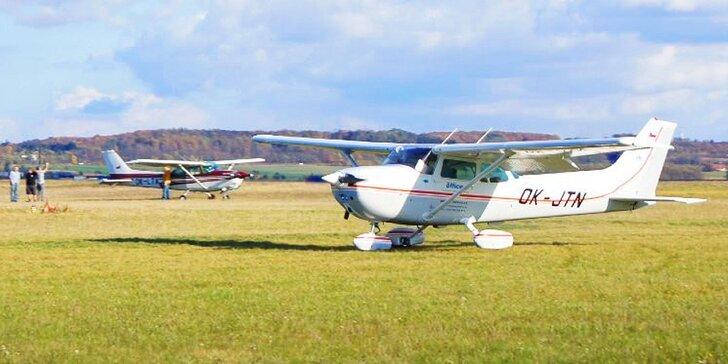Pilotujte letoun Cessna 172 a vezměte s sebou až dva pasažéry