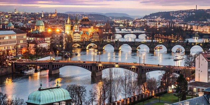 Nechte se unést kouzlem předvánoční Prahy: 3* hotel i snídaně ve všední dny