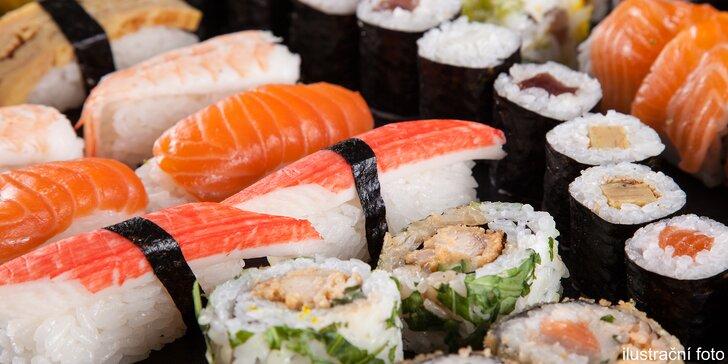 Dokonalá chuť asijských specialit – 28 až 72 kousků sushi vč. plněných taštiček
