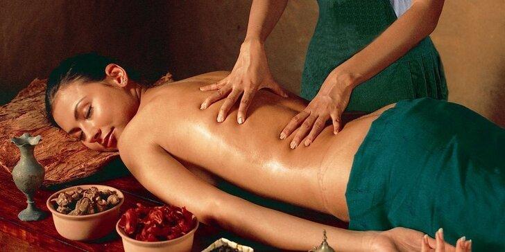 60 minut pohody: Masáž dle výběru v luxusním salonu Royal Jasmine