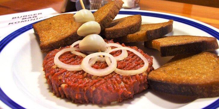 Tatarák z hovězího vysokého roštěnce a topinky: 150 nebo 300 g masa
